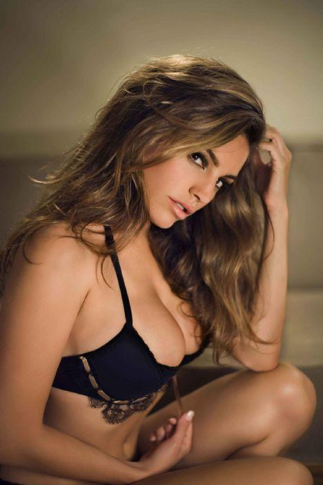 Kelly Brook - 93